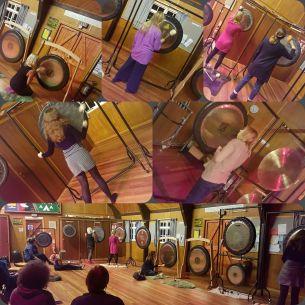 lots-of-gongs
